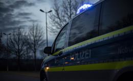 Crash auf der A4: Überholvorgang gescheitert - Pkw überschlagen