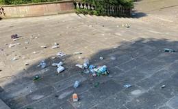 Stadt mahnt zu mehr Sauberkeit rund um den Domplatz