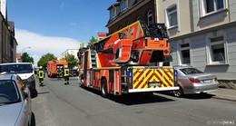 Sofa fängt Feuer: Wohnung nach Brand nicht bewohnbar - Keine Verletzten