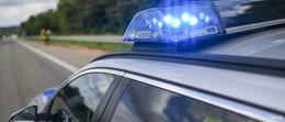 Motorradfahrer stirbt bei Zusammenstoß mit einem Transporter