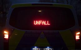 Schwerer Unfall auf der A5: Motorradfahrer verunglückt schwer
