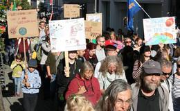Vom Kleinkind bis zur Oma: Klima-Aktivisten kämpfen für ihre Zukunft
