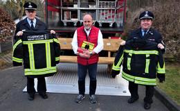 Mehr Schutz und Sicherheit: BGM Dietrich übergibt neue Feuerschutzkleidung