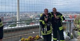 39 Etagen, 770 Stufen: Ludwigsauer Feuerwehrmänner meistern Herausforderung