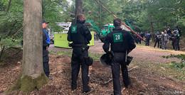 Vorbereitende Bauarbeiten mit Polizeischutz im Dannenröder Forst