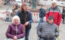 Bewohner des Wohnstifts besuchen als Herzenswunsch die Mainmetropole