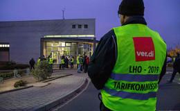 Die Busse stehen weiterhin still: dritter Streiktag der Busfahrer hat begonnen