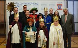 Ministerpräsident Bouffier empfängt Sternsinger aus Bistum Fulda