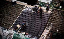 Trotz Corona volle Auftragsbücher: Mehr Geld für Dachdecker gefordert