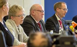 Gesundheitsminister Klose: Vorbildhaftes Verhalten von Patient und Behörden