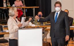 Kontroverse Debatte ums N*Wort - Ernennungsurkunde für OB Wingenfeld