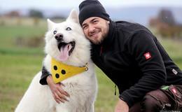 Blind auf vier Pfoten: Schäferhund Inuki ist für jedes Abenteuer bereit!