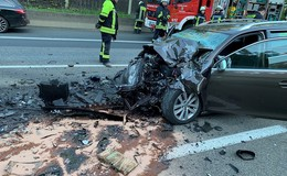 Tödlicher Unfall auf der A 7: Bad Hersfelder (31) prallt in Stauende auf Lkw
