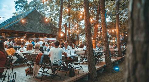 In der Waldgaststätte Praforst: Chill and Grill in besonderem Ambiente