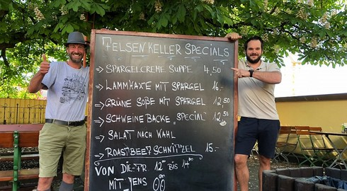 Gastro-Liebling Jens Diegelmann (Sonne) ab heute im Felsenkeller